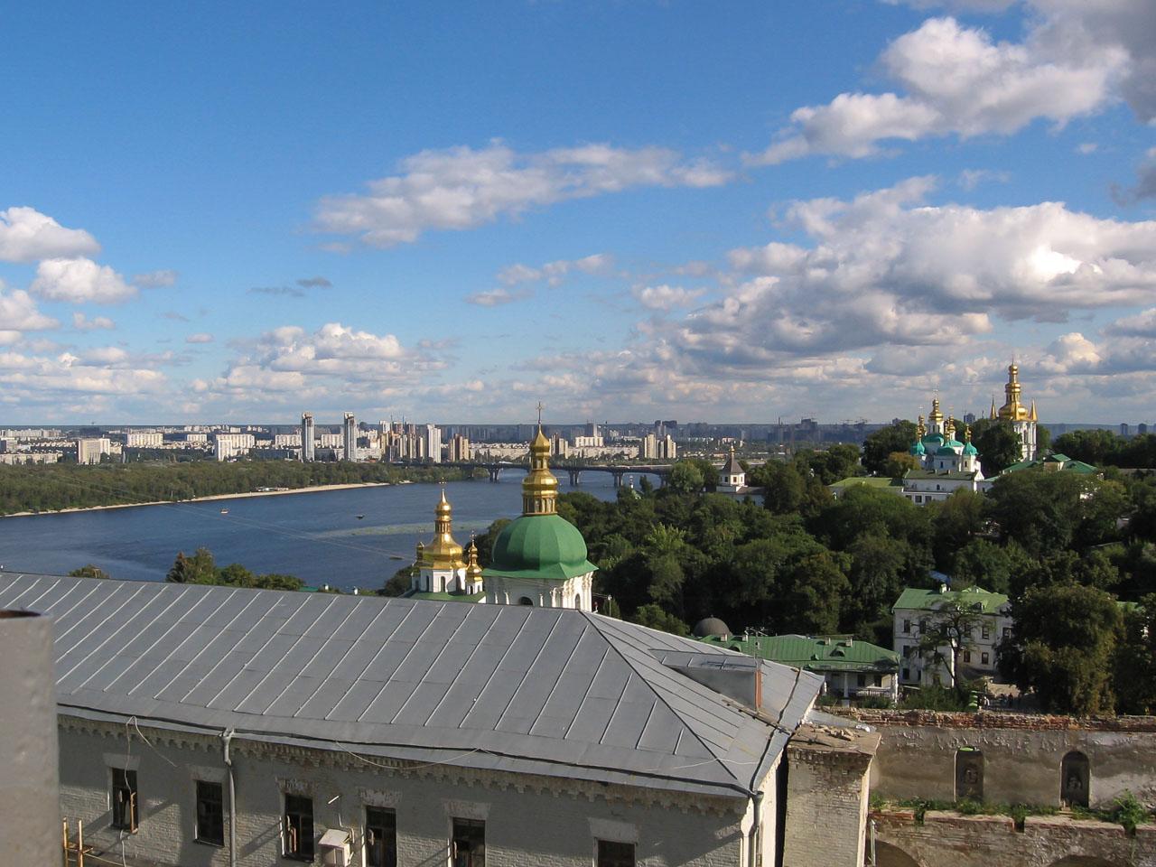Вид на Дніпро
