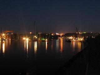 Дніпро вночі
