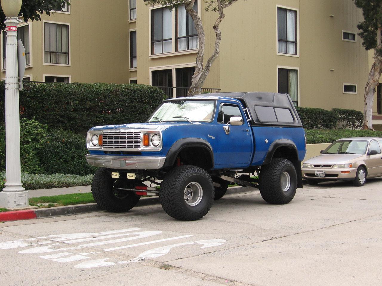 Dodge за $5k