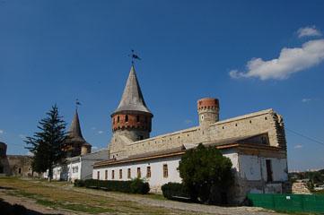 Вежі фортеці