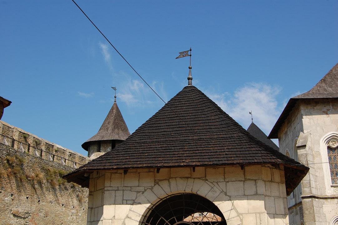 Всередині фортеці