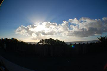 Сонце за хмарами