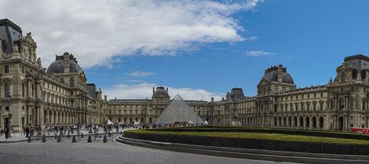 Панорама Лувру