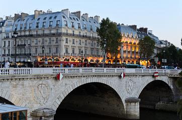 Міст через Сену