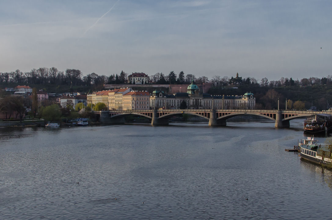Манесув міст