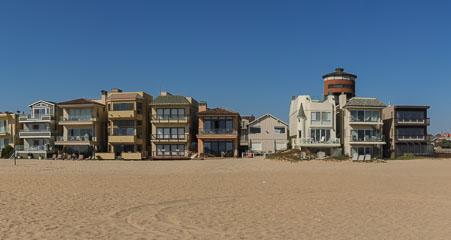 Будинки біля океану