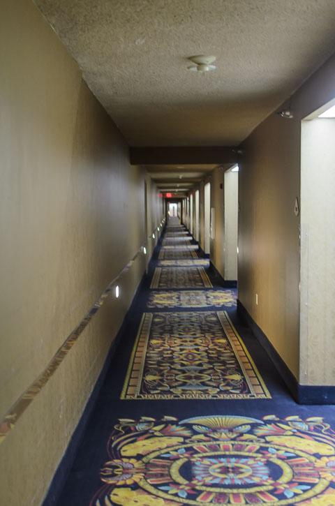 Безкінечний коридор