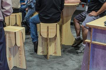 Паперові меблі