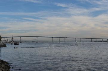 Міст через затоку