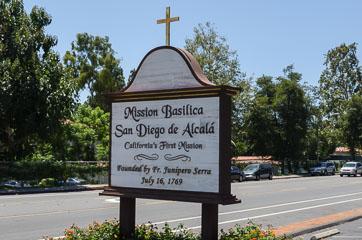 Перша місія в Каліфорнії