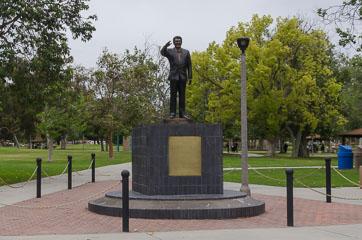 Пам'ятник Рейгану