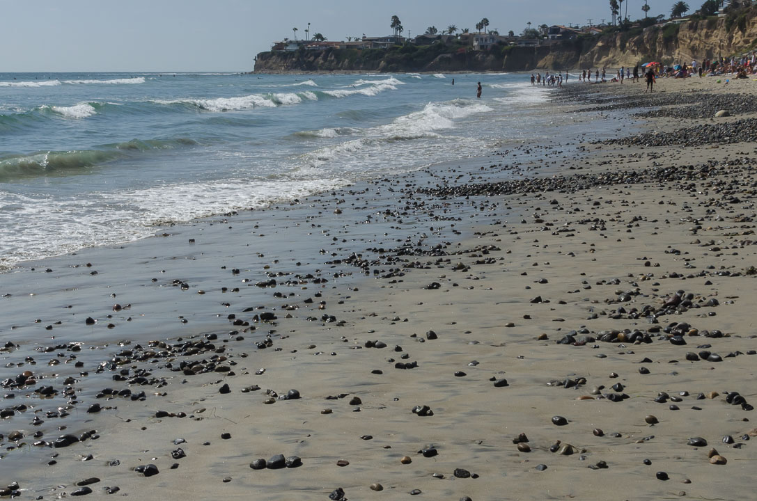 Камінці на пляжі