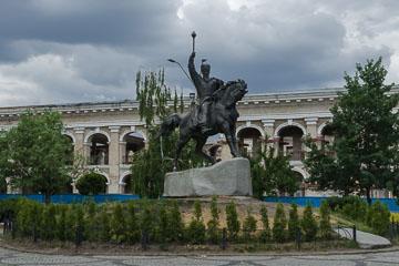 Пам'ятник Сагайдачному